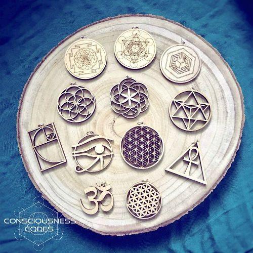 Izdelki s Sveto geometrijo & Starodavnimi simboli
